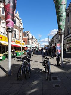 End of Walthamstow Highstreet by http://randomlylondon.com every saturday my mum and i used to go shopping 'down the high street' !!!!!!