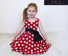 Klassische Tupfen, Roter Stoff, schwarze oder weiße Schleife - sehr schöne Akzent für das Kleidchen. Die Farbe von der Schleife fertige ich ganz na...