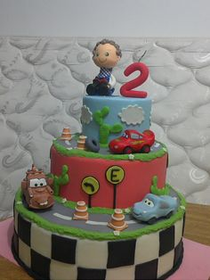 Bolo falso, fake cake Cars Disney Pixar