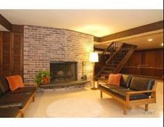 Mid Century Modern Homes for Sale •  Real Estate: Mid Century Modern Park Forest, Illinois