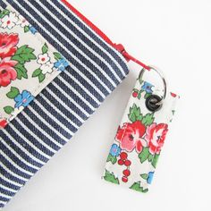 Outstanding 20 Sewing tutorials tips are readily available on our site. look at this and you wont be sorry you did. Outstanding 20 Sewing tutorials tips are readily available on our site. look at this and you wont be sorry you did. Sewing Hacks, Sewing Tutorials, Sewing Crafts, Bag Tutorials, Fabric Crafts, Backpack Pattern, Wallet Pattern, Tote Pattern, Ideas Prácticas