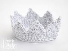 Best Ideas For Crochet Baby Crown Pattern Girls Baby Girl Crochet, Newborn Crochet, Crochet Baby Hats, Cute Crochet, Crochet For Kids, Crochet Princess Hat, Crochet Headbands, Booties Crochet, Crochet Baby Clothes