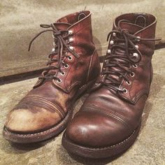 """「So fresh and so clean... Brown Shoe Cream and Mink revitalize this well worn pair of 8111's.. Do you prefer the """"rugged"""" or the the """"near and tidy"""" look?」"""