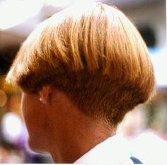 Short Stacked Wedge Haircut, Short Wedge Hairstyles, Short Sassy Haircuts, Stacked Haircuts, Short Hair With Layers, Short Hair Cuts, Bob Hairstyles, Short Hair Styles, One Length Haircuts