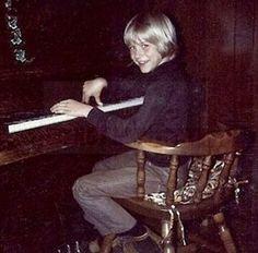 Kurt Cobain in childhood