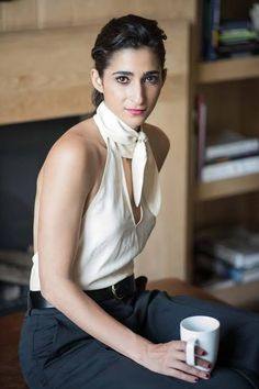 "Alba González Villa, better known by her stage name Alba Flores Ficou known for playing Nairobi in ""La Casa De Papel"", is an act . Nairobi, Female Actresses, Actors & Actresses, Naomi Scott, Wonder Woman, Alba, Celebrity Couples, Girl Crushes, Role Models"