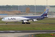 LAN Airlines ( Chile )  A340-313X CC-CQA