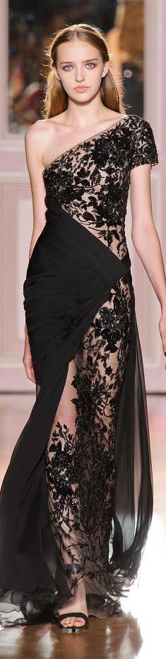 Execellent!!! My goodness Black Lace Gown by Zuhair Murad