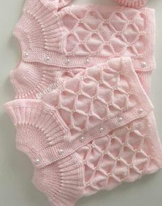 Different And Stylish Baby Vest Models – Knitting And We Easy Knitting Patterns, Knitting Designs, Baby Patterns, Knit Baby Sweaters, Knitted Baby Clothes, Knit Baby Dress, Baby Cardigan, Knit Vest, Baby Blanket Crochet