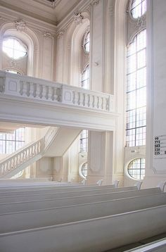 white baroque church. i'd love to just sit there and think for a while...