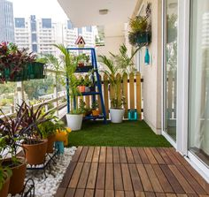 By studio earthbox apartment porch, apartment balcony decorating, apartment Small Balcony Design, Small Balcony Garden, Small Balcony Decor, Small Terrace, Terrace Design, Terrace Garden, Garden Design, House Design, Balcony Ideas