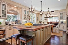 French Kitchen Design Ideas, Pictures, Remodel, and Decor - page 23