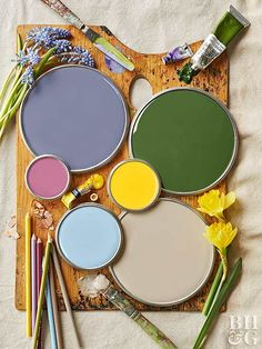 Ever look at a painting and wish you could live inside it? With this year's palette, you can. We've picked the loveliest, most livable colors you'd find in an impressionist landscape: mossy green, daffodil yellow, sky blue, raspberry, and a violet so subdued it never gets cloying. We show you how to use them to create rooms that are masterpieces of color, comfort, and calm.