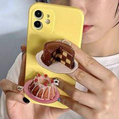 Kpop Phone Cases, Kawaii Phone Case, Diy Phone Case, Cute Phone Cases, Iphone Phone Cases, Aesthetic Phone Case, Flip Phones, Phone Organization, Mobile Accessories