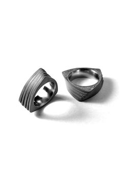 22 Twist Concrete Ring
