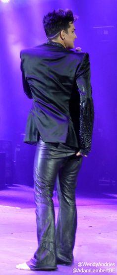 Adam Lambert just ripped his pants during 'I Want To Break Free', London, 12th July 2012 | Source: @WendyAndries @AdamLambertBE
