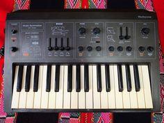 MATRIXSYNTH: VINTAGE TECHNICS SY-1010 analog synthesizer