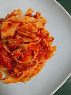 Fettucine al Pescatore or Fettucine in Pescatore sauce by http://cooknbakejournal.wordpress.com