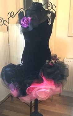 LATIN BALLROOM DANCE DRESS - BLACK VELVET - UK DESIGN - EX STB SPONSOR - UK 10…