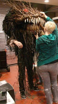 making a swamp monster Incredible! would love to just make the head and put it on my porch for halloween!