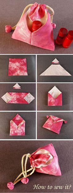 Japanese traditional Bag DIY Tutorial  http://www.free-tutorial.net/2016/12/japanese-omiyage-gift-bag.html