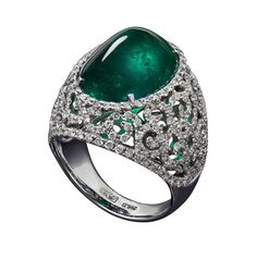 Who needs a crown with this emerald and diamond ring.  Wow!