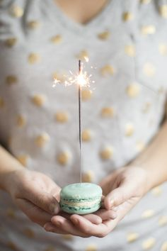 New Year's Eve Glitzy Sparkly BUT CHIC Party Inspiration | The Knotty Bride™ Wedding Blog + Wedding Vendor Guide