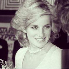 Princess Diana Photos, Princess Diana Fashion, Princess Diana Family, Princes Diana, Royal Princess, Princess Of Wales, Charles And Diana, Lady Diana Spencer, Queen