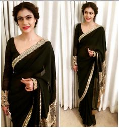 Kajol In Black and Gold Designer Saree at Dilwale Promotions Kolkata