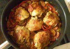 Baszk csirke | Ildikó Molnár receptje - Cookpad receptek Mojito Cocktail, Cocktail Recipes, Cauliflower, Chicken Recipes, Food And Drink, Turkey, Cooking Recipes, Meat