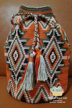 Orange mochila from crochet rajut solo by Anastasia Ika