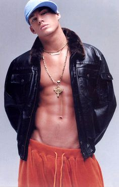 Channing Tatum (: now he makes hip hop look good! Don Jon, Cody Christian, Jenna Dewan, Hollywood Hills, Pretty People, Beautiful People, Super Hot Photos, Coach Carter, Alabama
