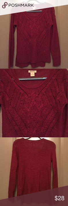 Garnet lucky brand sweater Worn once. Great condition. Comfy & cute! Perfect for winter and fall months. Lucky Brand Sweaters