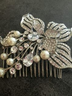 Kirsty's beautiful bridal hair pin