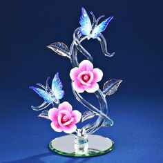 This would make a perfect gift for mom or someone that loves butterflies! Another beautiful piece by Glass Baron