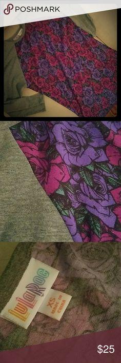 LuLaRoe 3/4  Sleeve Top LuLaRoe 3/4  Sleeve Top - worn twice and stashed in the closet. Priced accordingly! LuLaRoe Tops Tees - Long Sleeve