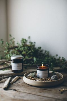 Enlivened by a fresh coastal breeze, those ephemeral moments by the sea where your senses are glowing from the beauty which surrounds you. This soy candle is enhanced by cyclamen and water lily with base notes of sparkling salt crusted driftwood, warmed b Natural Candles, Soy Wax Candles, Diy Candles, Scented Candles, Candle Jars, Ideas Candles, Candle Holders, Momento Cafe, Photo Candles