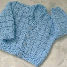 Knitting baby boy cardigan free crochet 70 ideas for 2019 Baby Boy Cardigan, Cardigan Bebe, Knitted Baby Cardigan, Knit Baby Sweaters, Crochet Jacket, Baby Cardigan Knitting Pattern Free, Knitting Patterns Boys, Baby Sweater Patterns, Baby Patterns