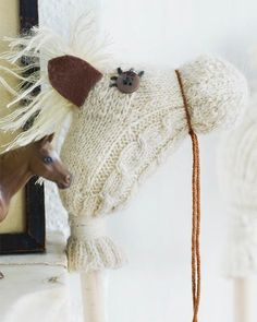 Kids will have a great time with these DIY stick horses made from socks. What a great way to use orphan socks!