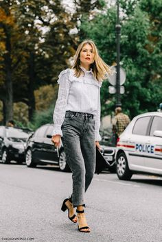 Cool Chic Style Fashion: Street Style | PFW Spring 2017