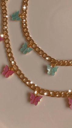 Stylish Jewelry, Cute Jewelry, Gold Jewelry, Jewelery, Jewelry Accessories, Women Jewelry, Jewellery Box, Cute Necklace, Small Necklace