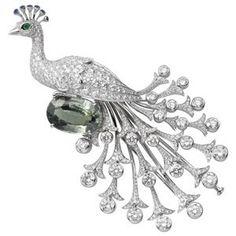 Cartier Secrets et Merveilles brooch
