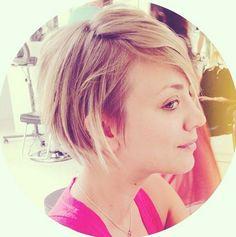 Kaley Cuoco et sa nouvelle coupe de cheveux photo