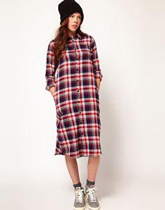 Robe chemise oversize à carreaux 85,30€ ($111)