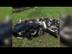 Man Crashes $260,000 Ferrari After Owning It Only An Hour | What\'s Trending Now!