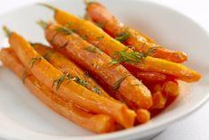 Ez a fűszeres sült répa forrólevegős sütőben lesz a legfinomabb - Dívány Crockpot, Slow Cooker, Carrots, Vegetables, Desserts, Vietnam, Tailgate Desserts, Deserts, Carrot