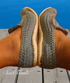 This listing is NOT for a finished pair of Loafers. This listing is for the PDF PATTERN ONLY. Pattern includes womens shoe sizes 5-10, Larger sizes are color coded for your convenience.  Pattern purchases are non-refundable, due to their digital nature they cannot be returned.  Skill level for this pattern is Advanced beginner. Stitches used: sc, hdc, dc ss, ch, dc2tog, sc2tog  Pattern is written in English and American terms.  After your purchase, the pattern will be available for…