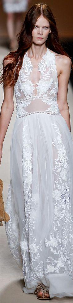Alberta Ferretti Collection Spring 2015 #whitedress