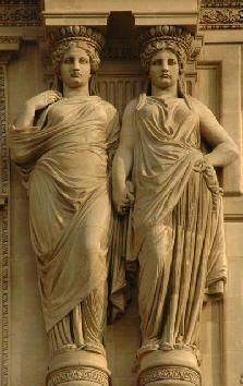 Cariatides. Pavillon Sully. Le Louvre