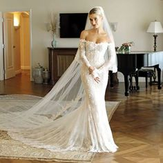 Fitted wedding dress - Inside Hailey Bieber's Final Wedding Dress Fitting – Fitted wedding dress Wedding Guest Outfits Uk, Celebrity Wedding Dresses, Custom Wedding Dress, White Wedding Dresses, Wedding Attire, Celebrity Weddings, Bridal Dresses, Wedding Gowns, Ethereal Wedding Dress
